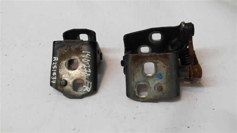 Used Front Door Hinge For Sale For A 2005 Chevrolet