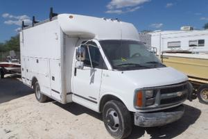 2000 Chevrolet Express 3500 Parts Car