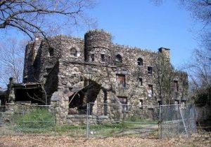The Palace That Lies Empty<br>Parshat Devarim/Tisha B'Av 5778