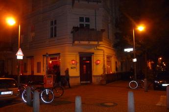 Wohnzimmer Prenzlauer Berg Berlin Party Earth