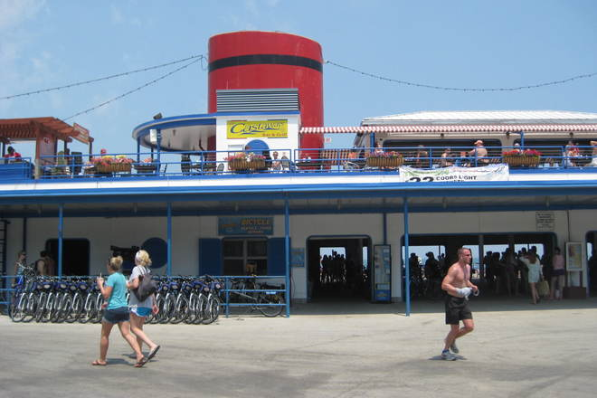 Photo of Castaways Bar & Grill
