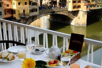 Golden View - Café | Italian Restaurant in Florence.