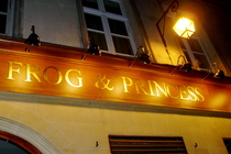 Frog and Princess Pub - Pub | Sports Bar in Paris.