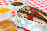 Bludso's Bar-&-Que - Barbeque Restaurant | Bar in Melrose, LA