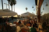Venice Ale House - American Restaurant | Gastropub | Beach Bar in Los Angeles.