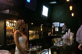 Joe's Bar - Live Music Venue | Lounge | Sports Bar in Chicago.