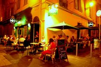Snug & Cellar Gastropub - Irish Pub | Gastropub | Live Music Venue in French Riviera.