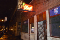 Rainbo Club - Dive Bar | Historic Bar in Chicago.