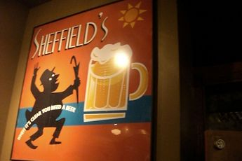 Sheffield's - Bar | Restaurant in Chicago.