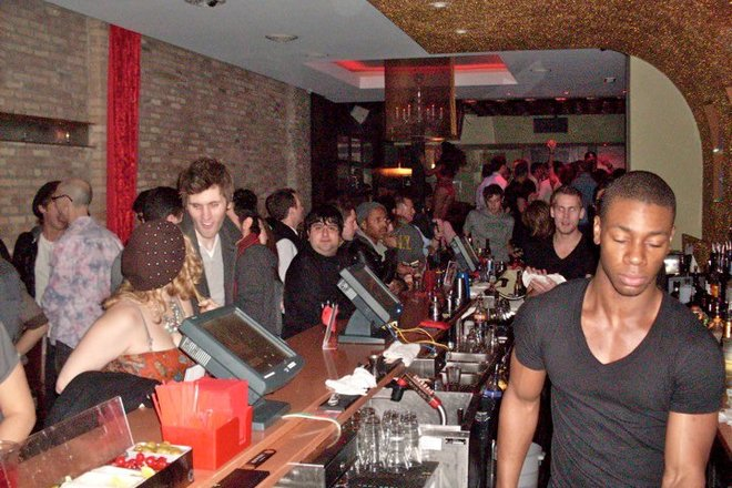 Photobombing the Best Bars & Clubs Around the World - 11 of 11