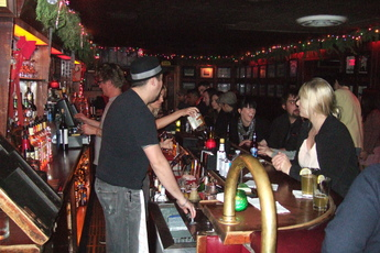 The Short Stop - Dive Bar in Los Angeles.