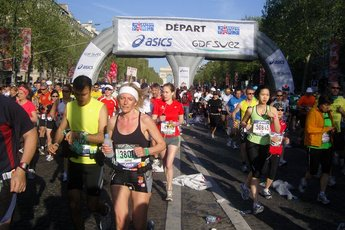 Paris Marathon - Running in Paris.