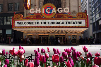 The Chicago Theatre - Concert Venue | Theater in Chicago.