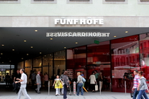 Fünf Höfe - Shopping Area in Munich.