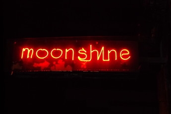 Moonshine - Brewery | Restaurant | Sports Bar in Chicago.