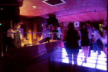 Miss Q's - Bar | Club | Restaurant in London.