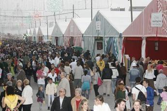 Feria de Abril de Cataluña - Cultural Festival | Community Festival | Outdoor Event | Food & Drink Event | Live Music | Dance Performance | Dance Festival in Barcelona.