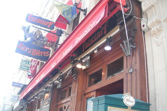 Le Falstaff - Bar in Paris.