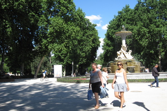 El Parque del Buen Retiro in Madrid offers a plethora of sun patches along its tree-lined paths.