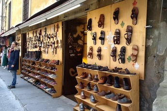 San Lorenzo Market (Mercato Centrale) - Market | Outdoor Activity | Shopping Area in Florence.