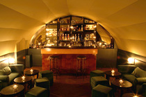 Curio Parlor - Cocktail Bar | Speakeasy in Paris.