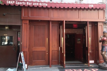 SNAP Sports Bar - Restaurant | Sports Bar in New York.