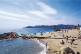 Plage de la Croisette - Beach | Outdoor Activity | Shopping Area in French Riviera