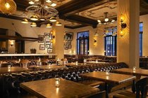 Public Kitchen and Bar - American Restaurant | Bar | Hotel Bar | Restaurant in Los Angeles.