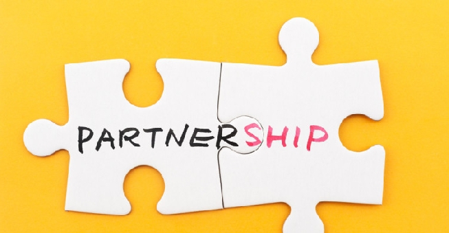 91d9ec891b961b It's an increasingly popular choice for companies to form partnerships with  other companies. Some successful collaborations may initially surprise you,  ...