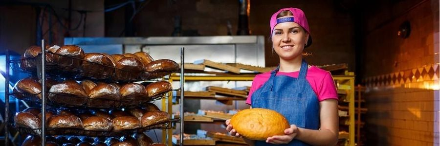 If your passion for baking delicious pastries has led to you starting a bakery, you'll need a business plan to do it. Here's our guide to get you started.