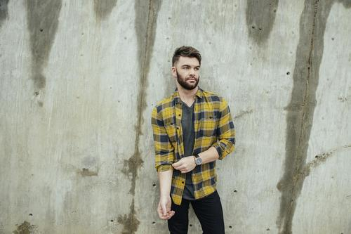 Dylan Scott with special guest Fuedin Hillbillys image