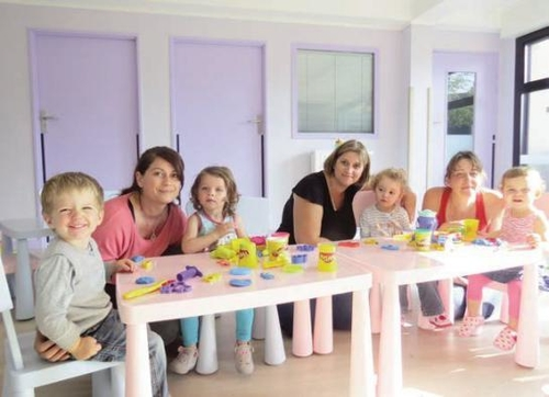 Education : l'accueil des enfants de moins de 3 ans s'améliore