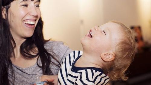 Les assistantes maternelles en débat