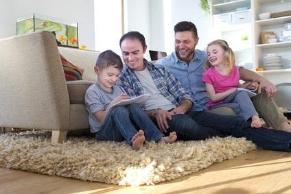 PARENTALITÉ: Les enfants de pères gays vont très bien, merci