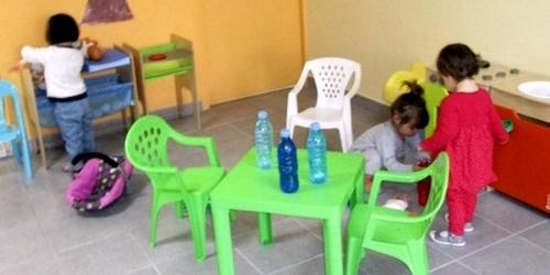 Saint-Rome-de-Cernon : les nounous se retrouvent et les bambins jouent