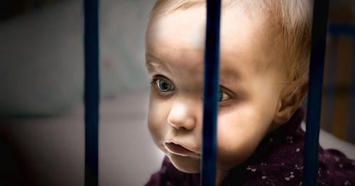 Nous devons regarder en face notre responsabilité vis-à-vis des bébés qui grandissent en prison