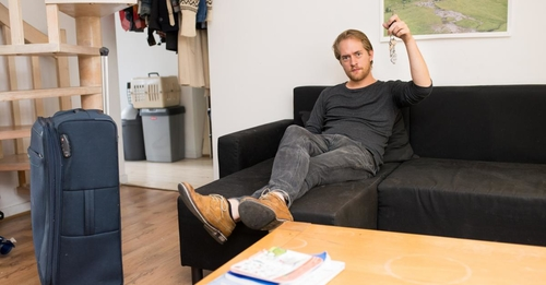 Le service Nightswapping grandit à Bruxelles: le troc de nuits pour voyager moins cher