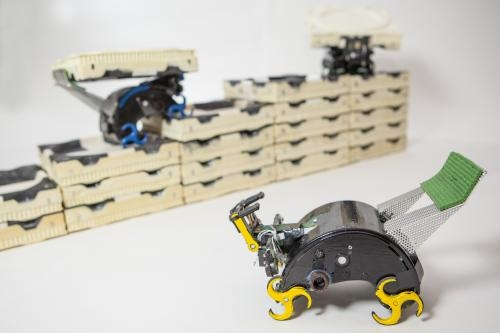 Termite-inspired robots