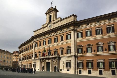 "Roberto Carlino, Immobildream ""chi entra Papa in conclave esce cardinale sicuro"""
