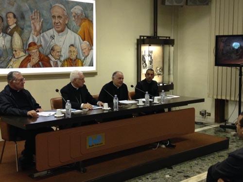 Monsignor Gianni Carrù: La voce dei primi cristiani nelle catacombe di Siracusa
