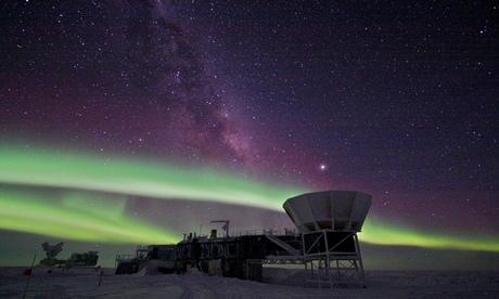 Quantum mechanics and Cosmology meet