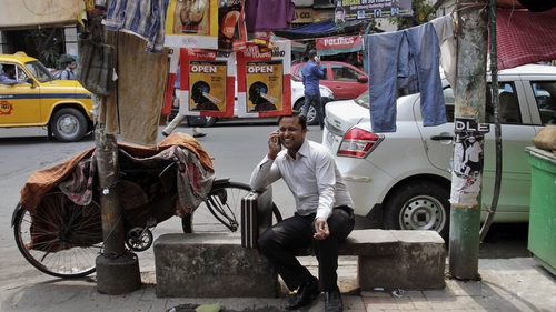 India's 243 Million Internet Users And The Mobile E-Commerce Revolution