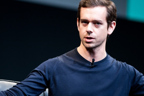 Square processes its billionth credit card payment.