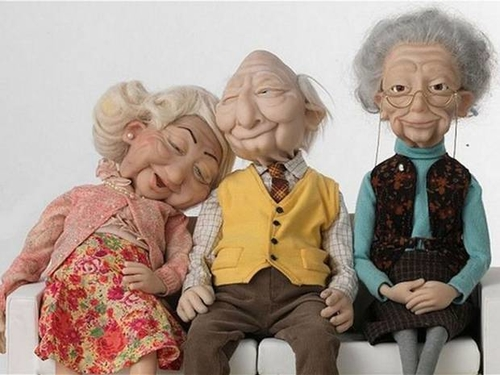 Wonga loses third chief executive in disastrous year