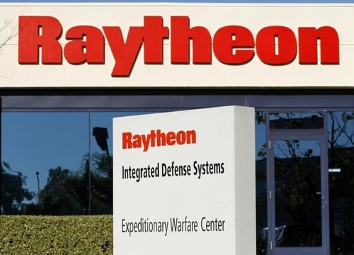 Raytheon to buy cybersecurity firm Websense in $1.9 billion deal