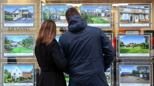 Bank of mum and dad finances more English first-time buyers