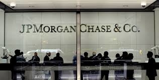 JPMorgan Chase to close 300 branches as customers go mobile