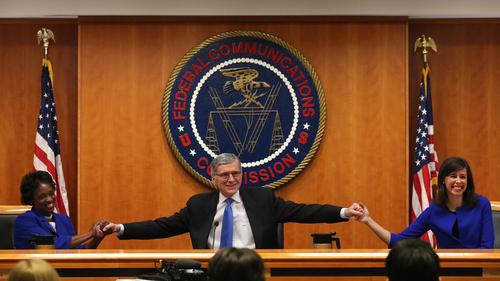 FCC approves net neutrality rules for 'open internet'