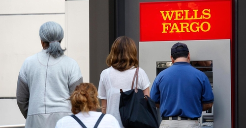 Bye-bye branches: Banking hits an