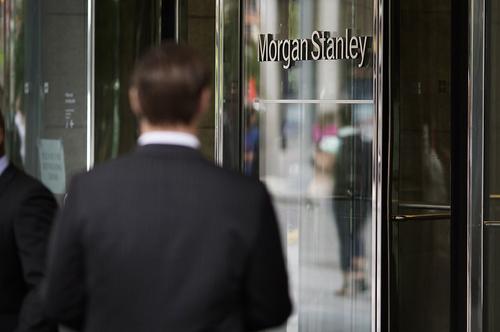 Morgan Stanley raises hurdles for brokers' compensation